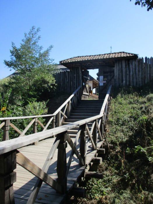 Розваги - Екскурсія на острів Хортиця
